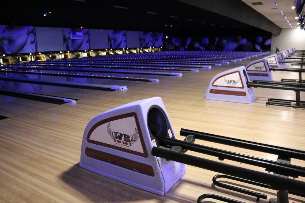 wild bills, wild bills fun center, bowling, north platte, nebraska, ne, godfathers, sports grille, cody keno, laser tag, virtual reality